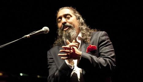 El 'cantaor' Diego El Cigala ahir a la nit actuant a Peralada.