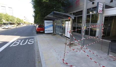 La Paeria instal·la una desena de marquesines per als autobusos