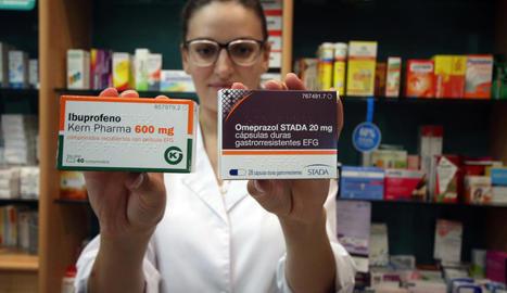 Les receptes d'ibuprofèn i omeprazole cauen per les alertes sobre l'abús