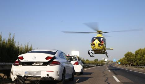 L'helicòpter del SEM va traslladar un dels ferits més greus.
