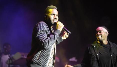 Jason Derulo va tancar el Festival de Cap Roig amb una macrofesta.
