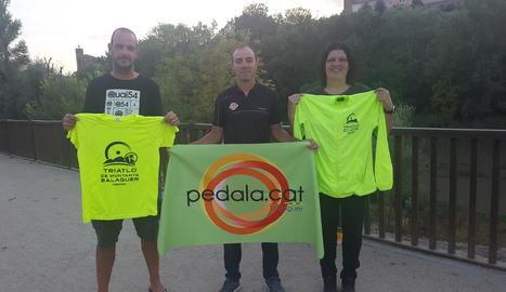 L'organització va presentar ahir el Triatló Internacional de Balaguer.