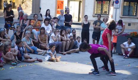 Un moment de la demostració de 'Lúcidos' que va fer ahir La Licuadora a Tàrrega.