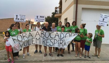 Nou acte de protesta contra la planta de compostatge d'Ossó de Sió