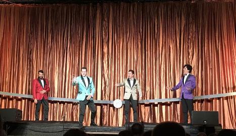 Un moment de l'actuació d'Yllana a Juneda dijous.