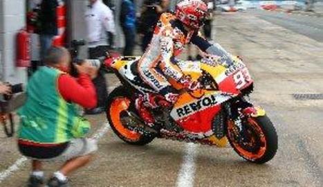 Marc Màrquez perd el lideratge del Mundial de MotoGP després de trencar el seu motor a Silverstone