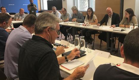 Imatge de la reunió de la conselleria amb representants del sector ahir a Barcelona.