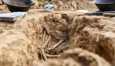 Restes humanes a la fossa de la Guerra Civil a Vilanova de Meià