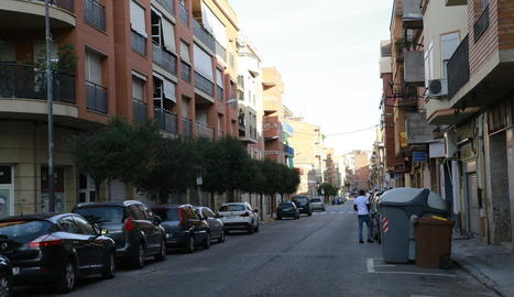 Vista del carrer Corts Catalanes, on es van produir dos robatoris.