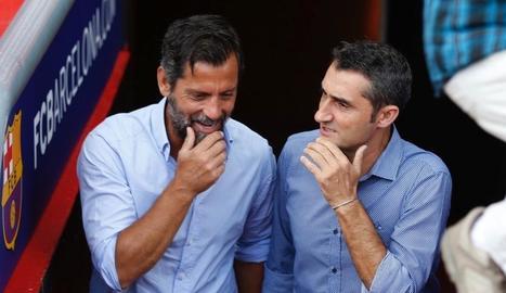 Sánchez Flores i Valverde van recuperar la tradició de fotografiar-se junts abans del derbi.