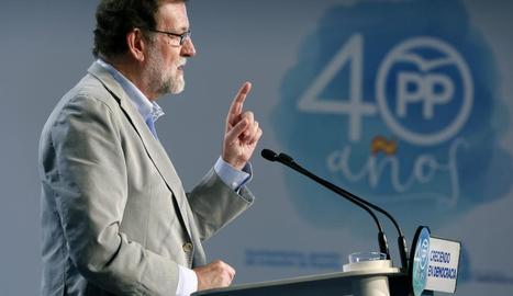 Mariano Rajoy, durant la intervenció a la reunió intermunicipal del PP a Saragossa.