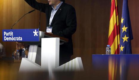 El president de la Generalitat, Carles Puigdemont, ahir al consell nacional del PDeCAT.
