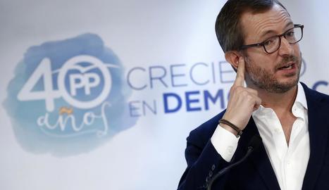 Javier Maroto, durant la seua intervenció en l'acte celebrat pel PP en un hotel de Pamplona.