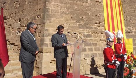 Ros acusa la Generalitat de voler responsabilitzar els ajuntaments del referèndum per poder culpar-los si fracassa