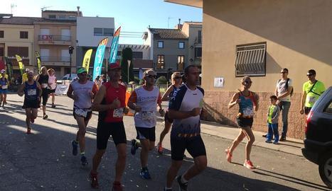 La ja clàssica cursa de Térmens va tornar a ser multitudinària, tant en participació com en públic.