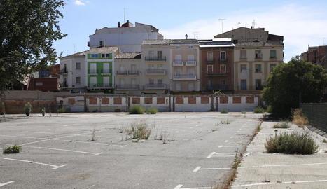 Vista del solar resultant després de la demolició de l'antic edifici de Magisteri el mes de febrer passat.
