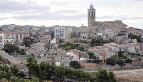 Vista de la zona històrica de Cervera des de la urbanització Ondara.