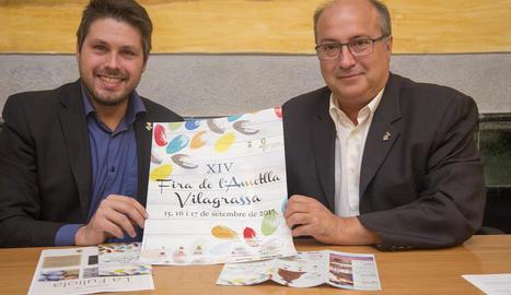 L'alcalde de Vilagrassa (dreta) va presentar ahir la fira.