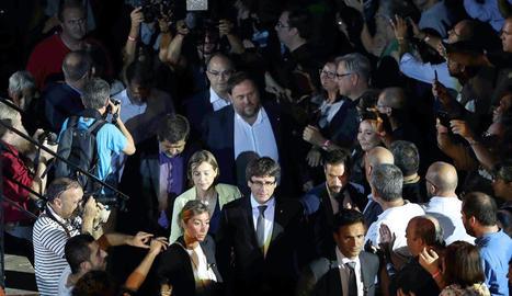 Puigdemont, Forcadell, Sánchez i Junqueras arriben al massiu acte celebrat ahir a Tarragona per arrancar la campanya de l'1-O.