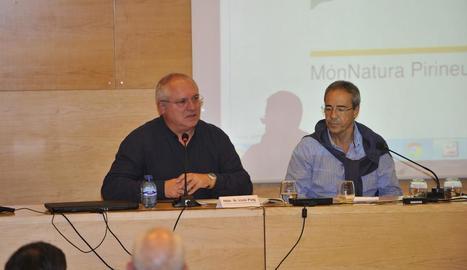 El conseller de Cultura, Lluís Puig, i el president del Consell d'Àneu, Ferran Rella, ahir a les jornades.