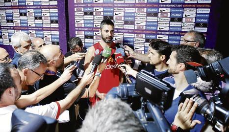 Juan Carlos Navarro va fer ahir la seua última roda de premsa amb la selecció espanyola.