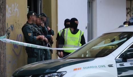 Imágenes de la operación antiyihadista en Lleida