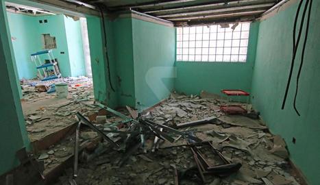 Un edifici municipal a Cavallers, destrossat