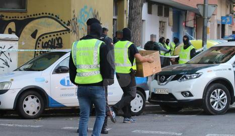 La detenció s'ha produït al número 17 del carrer Pere Cavasèqui