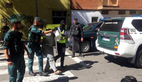 Detingut un pakistanès a Lleida per adoctrinament gihadista