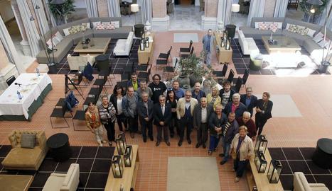 Foto de família al Parador dels promotors de l'Obert del Centre Històric, que comença divendres.