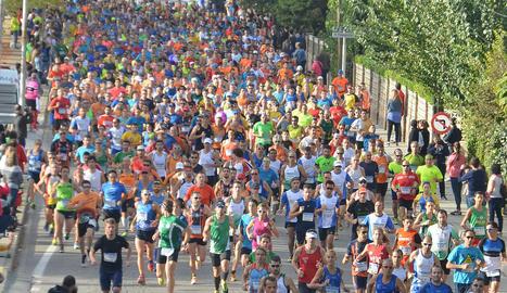 Una de les edicions recents de la Mitja Marató.
