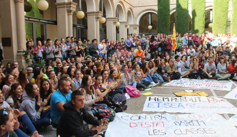 La concentració d'estudiants a la UdL.