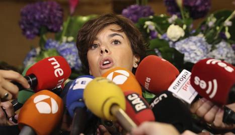 """La vicepresidenta va acusar Puigdemont de propiciar un clima d'""""assetjament massiu""""."""
