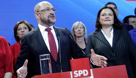 La cancellera alemanya, Angela Merkel, després de dipositar el seu vot ahir al matí a Berlín.