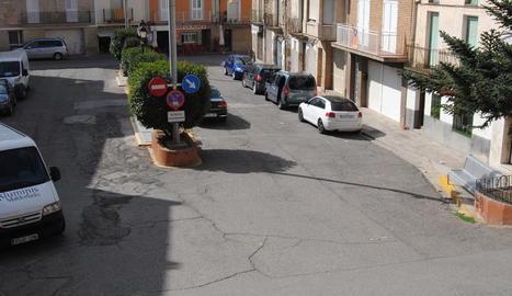 La plaça Major de Bell-lloc.