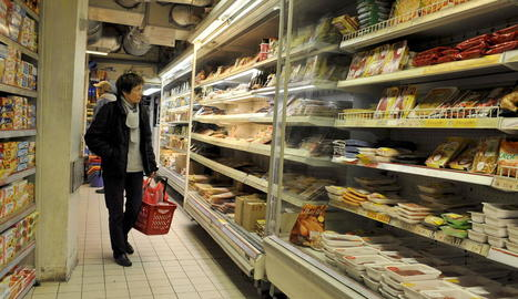 L'OCU recomana comparar per estalviar a la cistella de la compra.