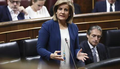 La ministra de Treball, Fátima Báñez, ahir al Congrés parlant del Pla Prepara.