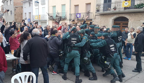 La Guàrdia Civil a Artesa de Lleida