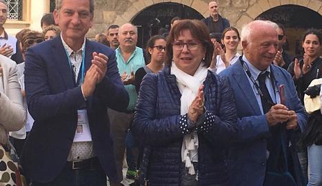 L'alcaldessa de Tàrrega, Rosa Maria Perelló, visiblement emocionada.