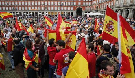Suport a l'acció del Govern a la plaça Mayor de Madrid.