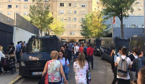 © Segueix a Lleida la presència policial