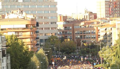 Prop d'un milió de barcelonins van sortir al carrer.
