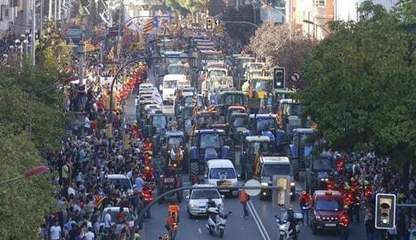 Els tractors van encapçalar la manifestació a la capital.