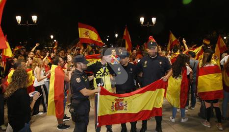 Manifestació a favor de la unitat d'Espanya a la subdelegació