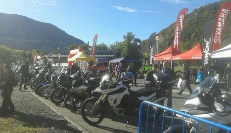 La concentració de motos ahir al Pont de Suert.