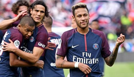 Neymar, en foto d'arxiu, durant un partit amb el PSG.