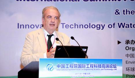 Damià Barceló, durant una conferència internacional.
