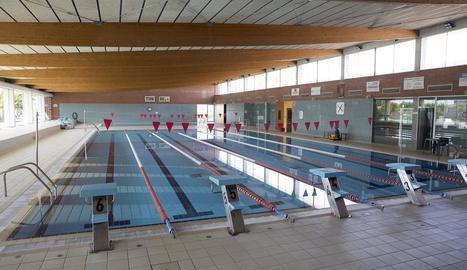 Imatge de la piscina coberta de Cervera.