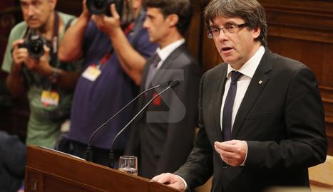El president de la Generalitat, Carles Puigdemont, al ple