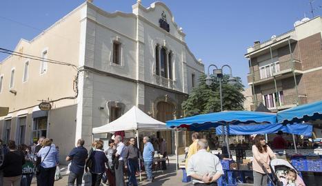 Imatge de l'edifici del Centre Catòlic i Obrer de Guissona.